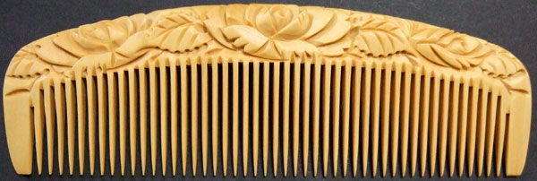 Carved boxwood comb -12cm-