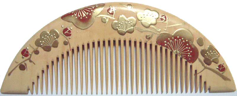Painted boxwood comb (half moon type) -Ume-